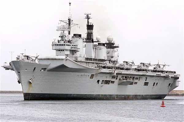 British warships arrive in Gibraltar