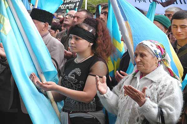Crimean Tatar language in danger