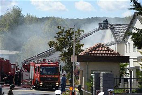 Fire breaks out at Istanbul's Sarıyer