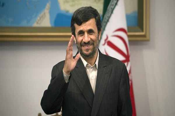 Ahmadinejad and Turkish minister discuss commerce