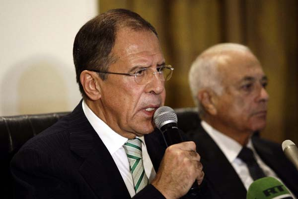 Sergei Lavrov says West can get Syrian rebels to peace talks