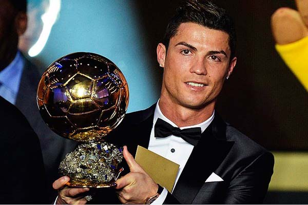 Cristiano Ronaldo is the best player of FIFA Ballon d'Or 2013