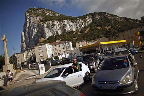 Spain threatens unilateral steps in Gibraltar dispute
