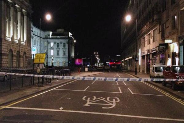 Waterloo Bridge Drive By Shooting Investigated