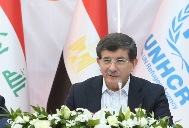 Davutoglu says starvation used as war tactic in Syria