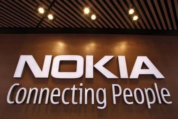 Phone-free Nokia under pressure to boost network sales