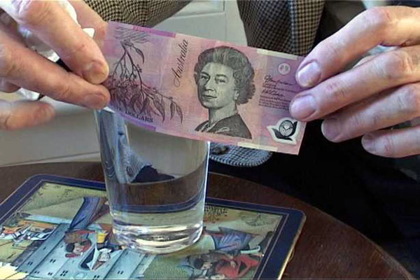 """Bank of England to launch """"plastic banknotes"""""""