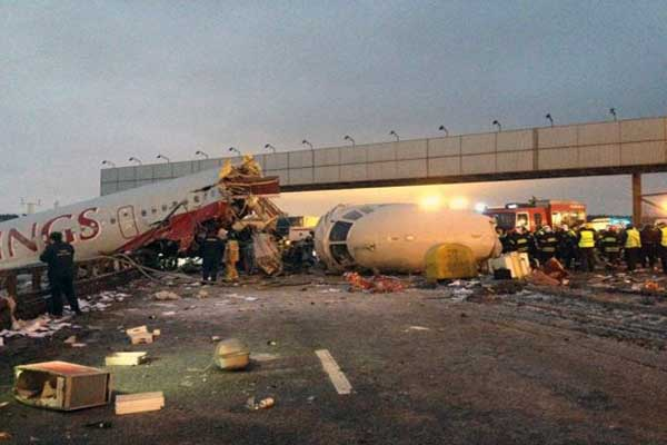 Plane crashes in Russia, 50 killed