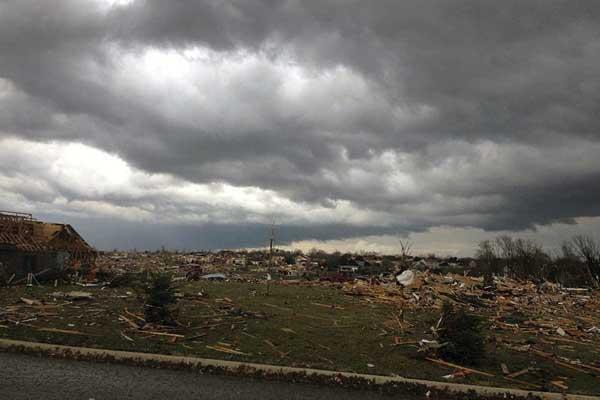 Storm kills 5 in U.S. Midwest