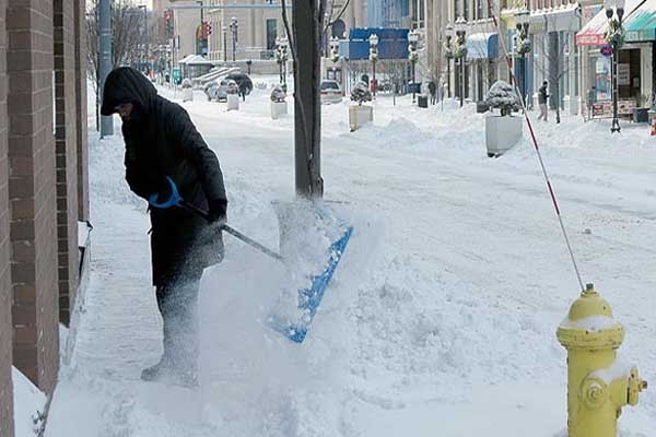 US hit by 'freezing' winter storm
