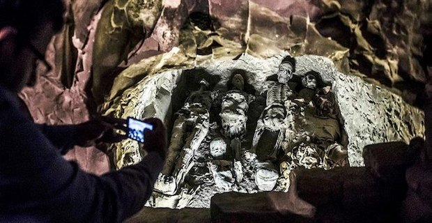 Archaeologists in Egypt discover trove of mummies