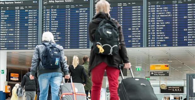 Europe's air passenger traffic grows in Q3