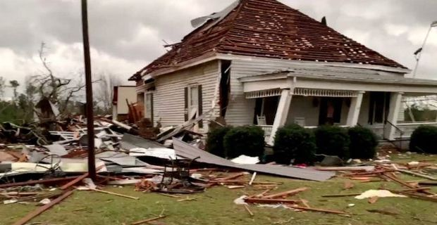Tornadoes kill at least 23 in Lee County, Alabama