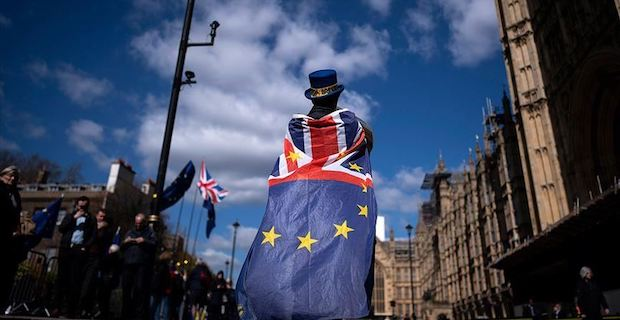 Brexit knot still tight after court blow to suspension