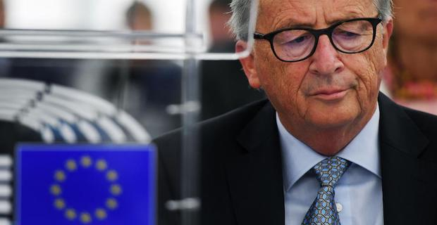 EU's Juncker: No-deal Brexit risk is 'palpable
