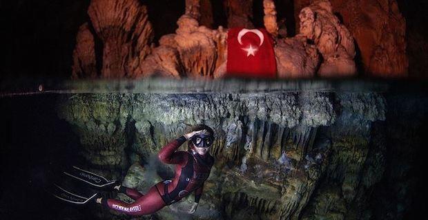 Turkish diver Sahika Ercumen breaks world record
