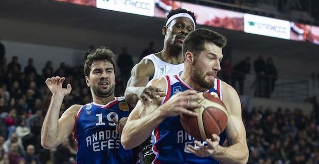 Anadolu Efes get 13th straight win in Turkish league
