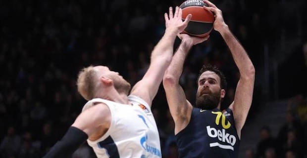 Fenerbahce beat Zenit for third straight EuroLeague win