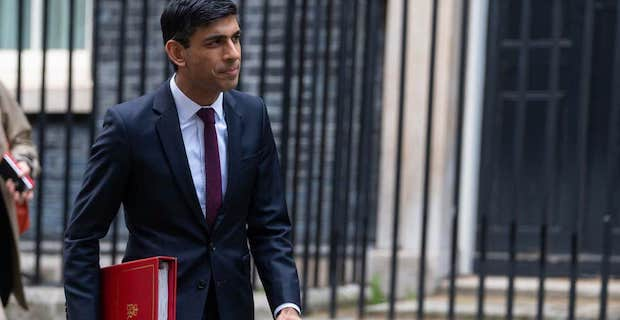 Rishi Sunak urged by MPs to extend self-employed help