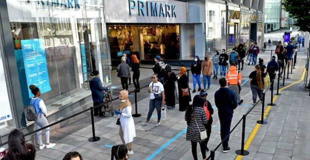 Long queues as shops reopen in England after lockdown