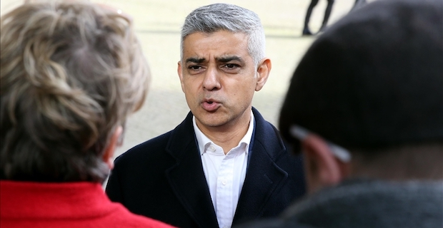 London mayor declares 'major incident' over virus spread