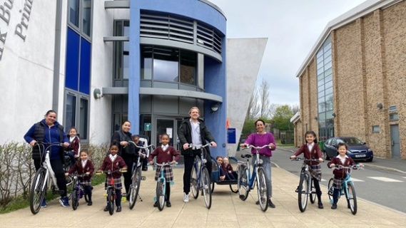 Applications now open for Walking and Cycling Grants London