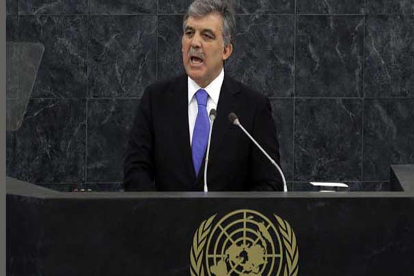 Turkey urges UN action on Syria