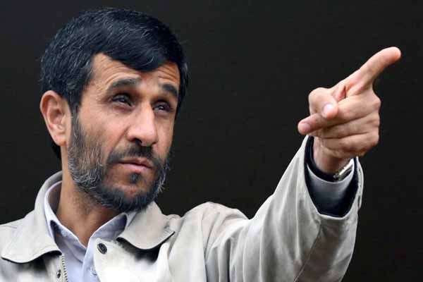 Ahmadinejad's helicopter makes emergency landing