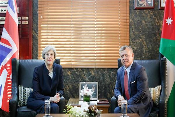 Minister Theresa arrives in Jordan, meets King Abdullah II