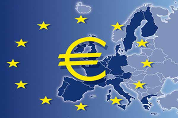 Euro zone agrees on bank closure funding