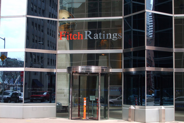 Fitch threatens US ratings review if no deal