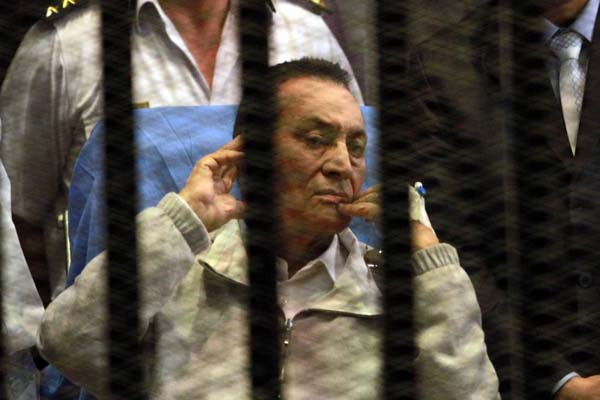 Mubarak says too early to judge Mursi