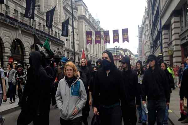 Police detain 32 people in London G-8 protests