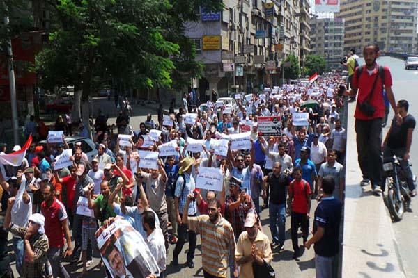 Morsi supporters to march on US embassy