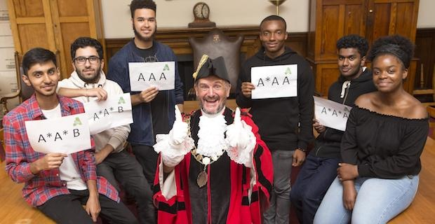 Mayor of Islington joins students to celebrate A-Level results success