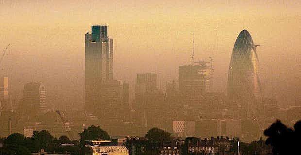 Pollution levels in London falls