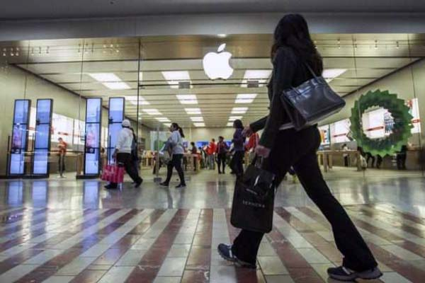 Boston University Trying To Halt Sales Of iPhones