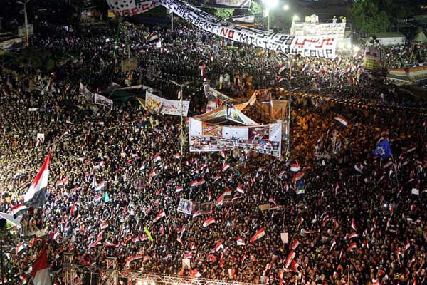 Egyptian army warns pro-Morsi protesters