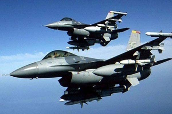 Turkish F-16 fighter jets in northern Iraq
