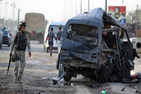 Iraq violence spills, emergency meeting called for Parliament