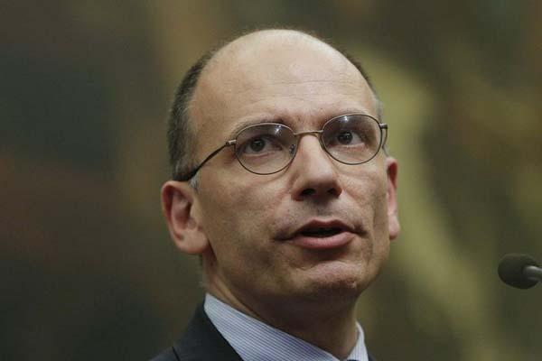 Italia awaits confidence vote to solve political crisis