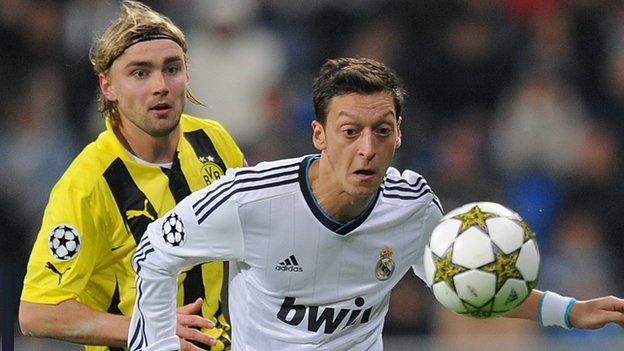 Arsenal set to sign Real Madrid midfielder Mesut Ozil