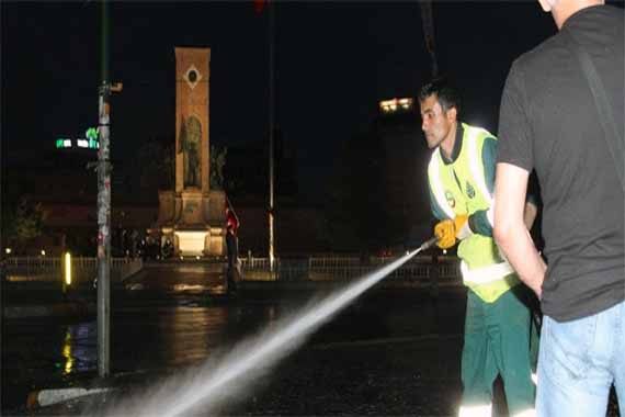 Taksim Square cleaned