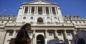 UK inflation slows to 2.4 pct