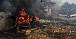 Turkish people prays for Greek victims of wildfires