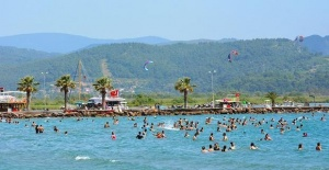 Turkey sees 25 pct rise in foreign...