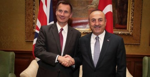 British, Turkish foreign ministers meet in London