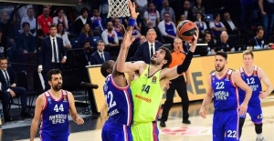 EuroLeague: Anadolu Efes, Barcelona...