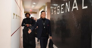 Mesut Ozil sparks controversy by wearing...