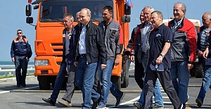 Putin opens rail bridge connecting Russia and Crimea